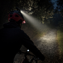 Garmin introduces the Varia UT800 high-intensity smart cycling headlight